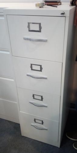 4 cassetti elegante